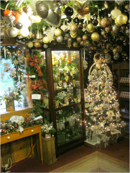 Oakwood Farm Christmas Barn..... an Old Fashioned Christmas Shop to enjoy..... 1 Northwest Road Spencer Massachusetts 01562 - Home: Hours, Contact info, ...